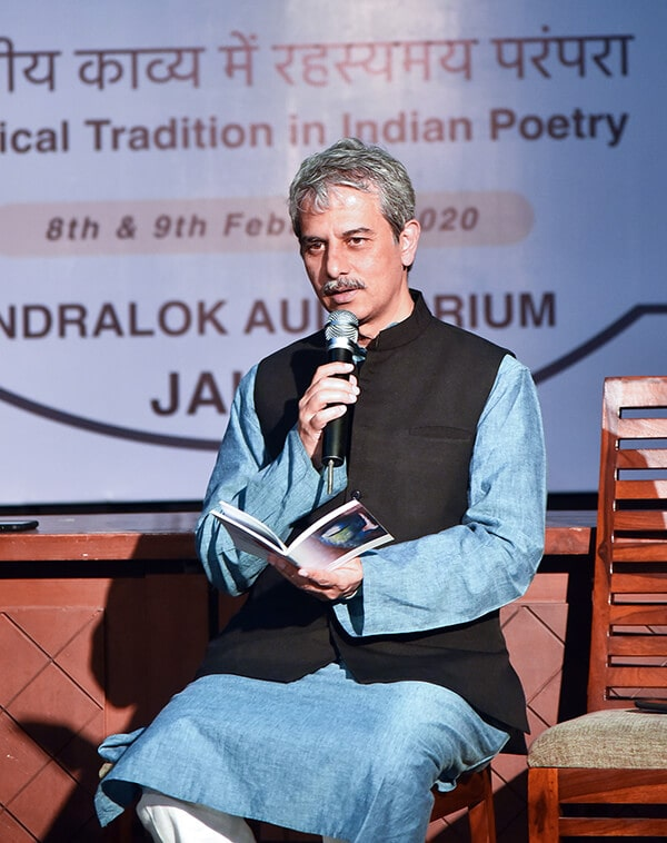 Mystical Traditions in Indian Poetry